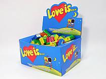 Жевательная жвачка Love is, жвачки лове ис банан и клубника