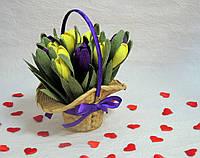 Цветы из конфет в корзине Арт. 74