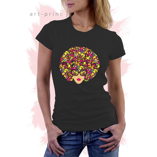 черня футболка с рисунком Afro Girl