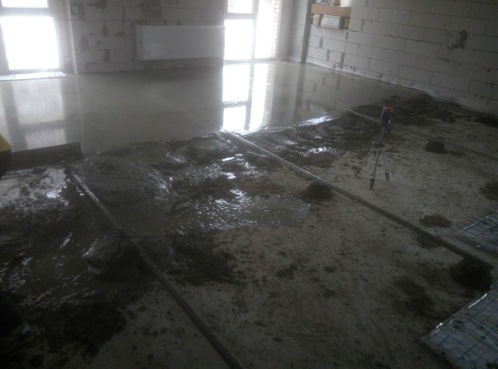 Процесс приёма цементно-песчаного раствора (М100, с фиброволокном).
