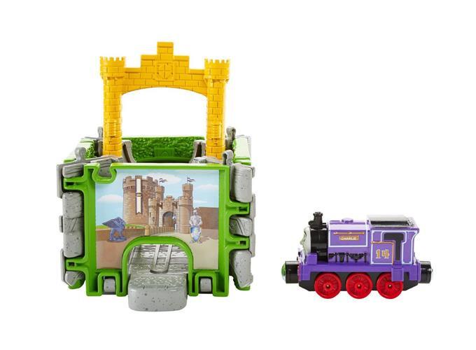 Fisher-Price Thomas the Train Take-n-Play Портативний набір Чарлі в замку (Фишер Прайс Томас и его друзья)