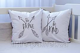 Подушка для кроватки новорожденного  «Ве Kind»