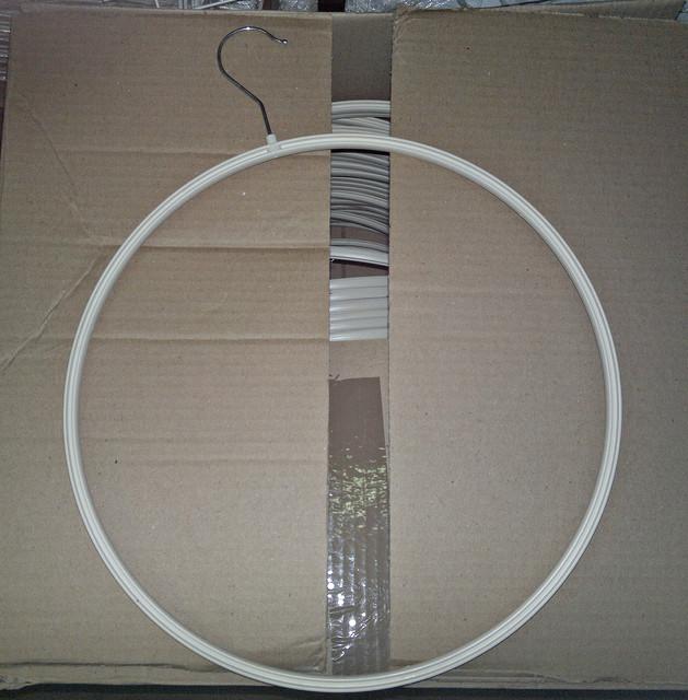 Вешалки для трусов круглые пластиковые новые образцы