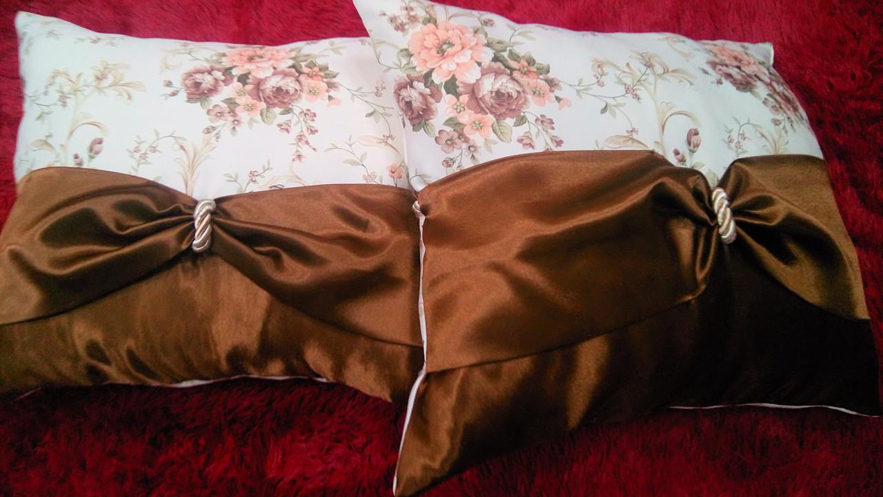 "Подушка  ""Англия"" коричневая, размер 40х40см"