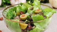 Салат из ветчины с сыром и грибами