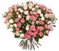 Букет кустовых роз «Легкая свежесть»