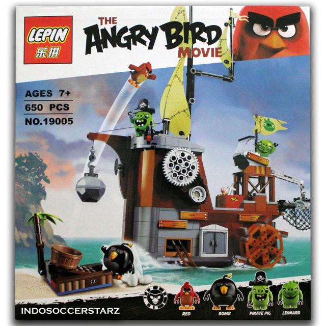 Конструктор Angry Birds Lepin 19005 Пиратский корабль свинок, 650 дет