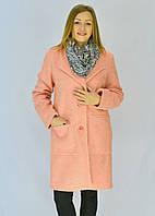 Нежное персиковое пальто