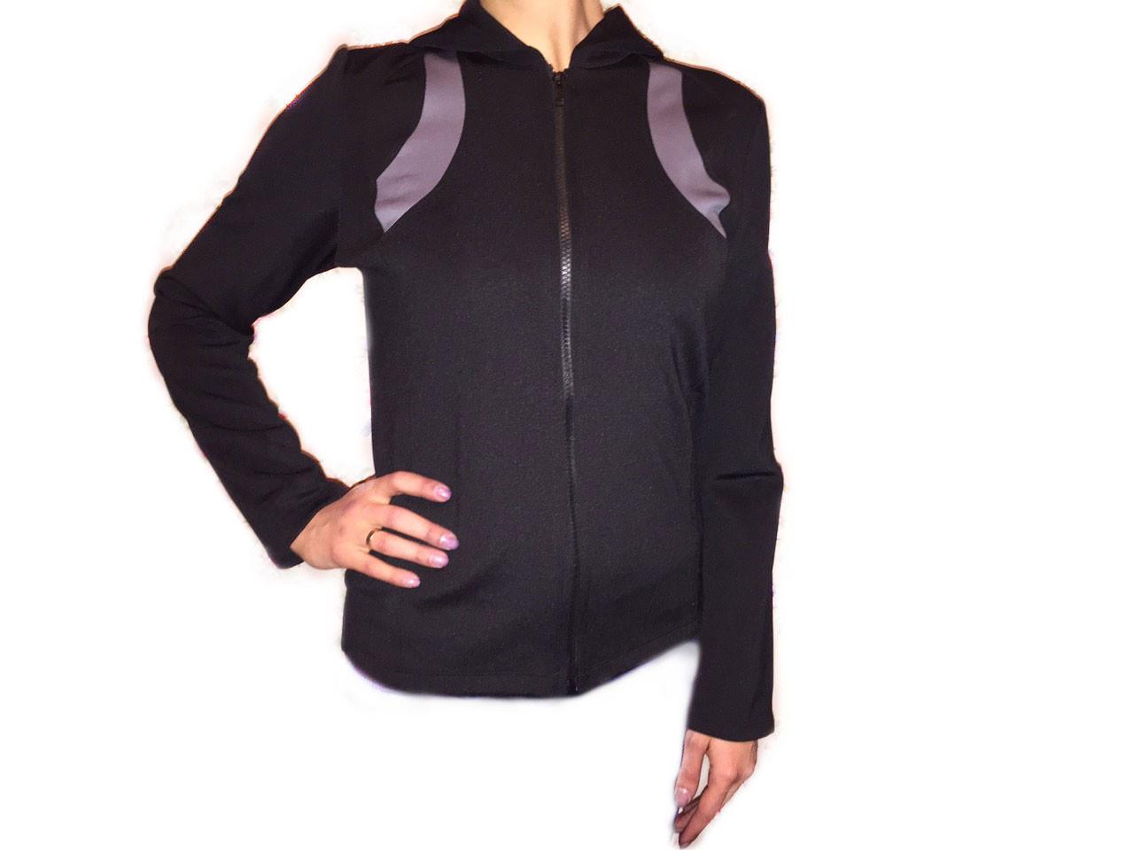 Женская спортивная кофта с капюшоном
