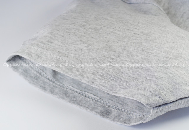 Серо-лиловая мужская лёгкая футболка