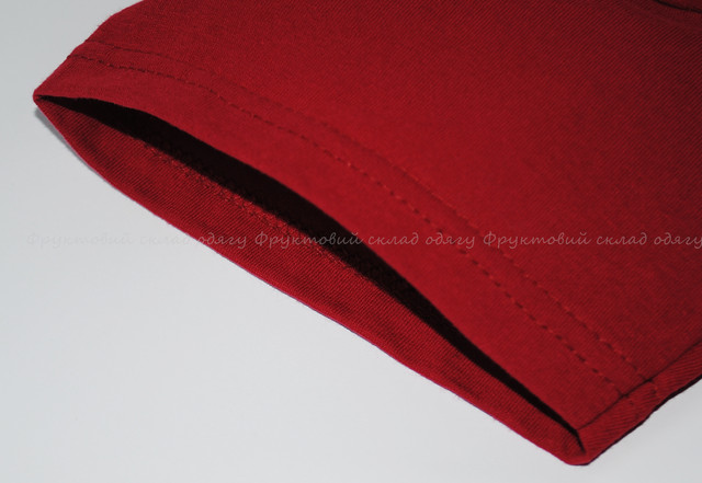 Кирпично-красная мужская легкая футболка