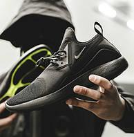 "Nike Lunarcharge ""Triple Black"""