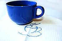 Набор кухонных хлопковых полотенец для сервировки стола с синей чайной чашкой
