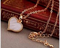 Браслет нежный с подвеской сердечко с агатом в золотистой оправе - подарок девушке, жене, подруге или сестре