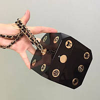 Квадратная не большая женская сумка