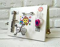 "Развивающая доска двухстороннаяя для детей ""Busy Board"", по методики Монтессори, размер 15х20, материал ДСП"
