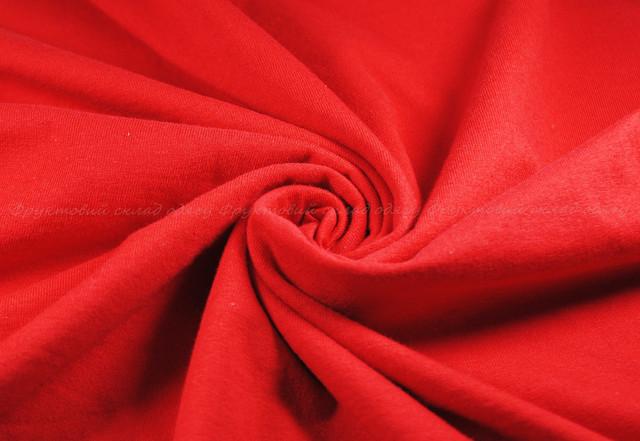 Красная мужская мягкая футболка