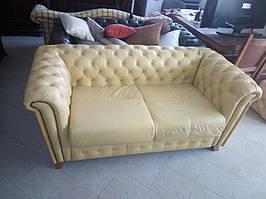 Диван на два места Честер,  кожаный двухместный диван.