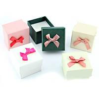 Подарочная коробочка под кольцо с бантиком