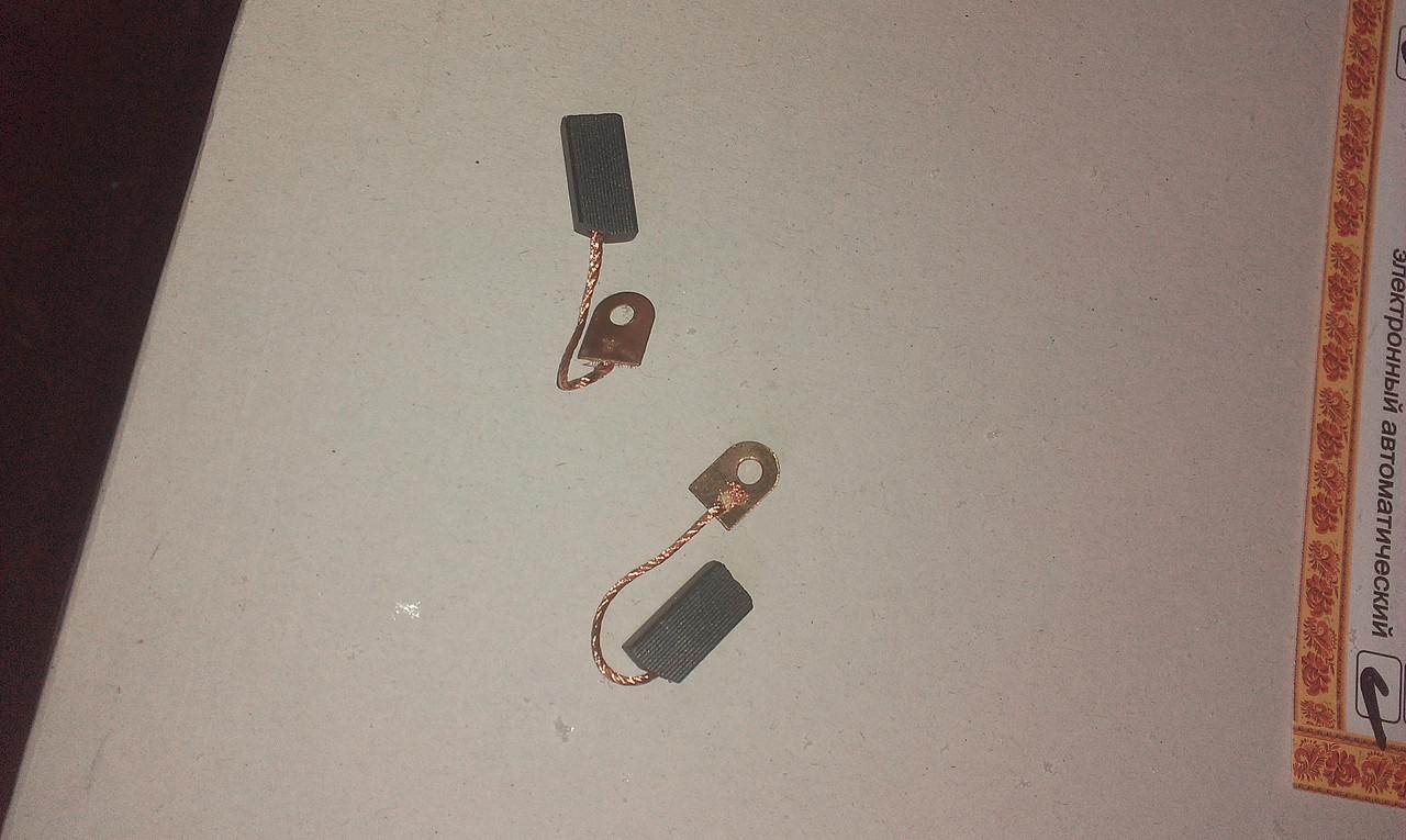 Щітки на двигун сепаратор-слівкоотделітель «Мотор Січ СЦМ-100-18»