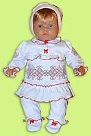 Комплект-вышиванка для малышки. Вышитый комплект для новорожденной девочки.