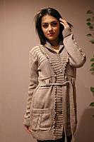 Женская вязаная кофта на пуговицах с поясом
