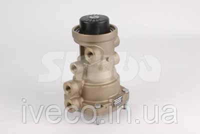 Кран управления тормозами прицепа для IVECO Eurotrakker 2005> (Ориг. № AC597A