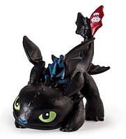 Как приручить дракона: коллекционная фигурка Беззубика в сине-черном окрасе  (6 см)