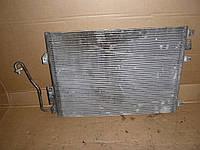 Радиатор кондиционера (1,6  16V) Renault Symbol 08- (Рено Симбол), 8200682406