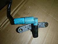 Датчик положения коленчатого вала (1,6  16) Renault Symbol 08- (Рено Симбол), 8200647556