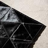 Ковер из треугольников, дорожки из кусочков коровьей шкуры, фото 3