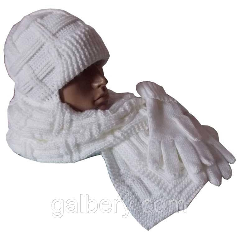Вязаная мужская шапка с козырьком и шарф объемной ручной вязки и перчатки