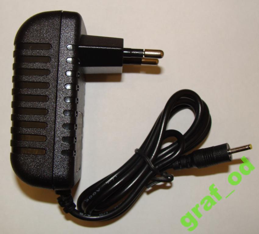 5V 3A зарядка для планшетов тонкий штекер 2,5х0,7 мм