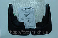 Брызговики,передние брызговики Toyota Avensis PZ416T096800