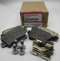Оригинальные колодки тормозные задние HONDA CIVIC 43022SMGE01