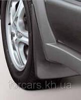 Комплект передних брызговиков Mitsubishi Outlander c2003-2008 MZ380291EX