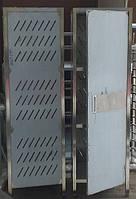 Шкаф для хлеба из нержавеющей стали с перфорированными  стенками