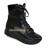 Женские зимние кожаные ботинки на платформе, на шнуровке