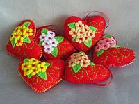 Сердечки-валентинки из фетра