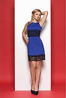 Классическое женское платье с кружевом цвета электрик