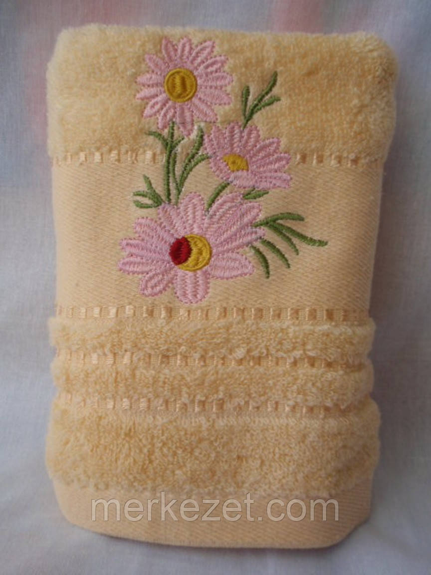 """Полотенце для бани. Махровое полотенце """"Маргаритка"""". Полотенца банные"""