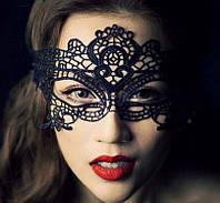 Чёрная кружевная маска для лица 4