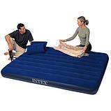 Матрас надувной Intex 68765 + ручной насос и 2 подушки, фото 2