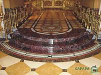 Почаевская Лавра. Отделка внутренних помещений храма.
