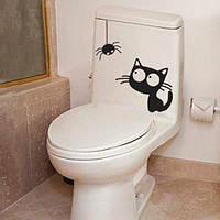 Интерьерная виниловая наклейка на унитаз Котенок и паучок (наклейки для ванной животные) матовая