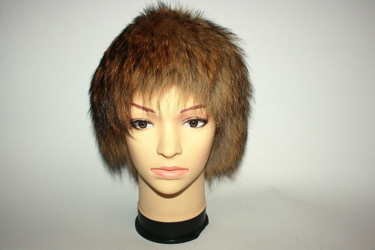 Меховая женская шапка из натурального меха енота