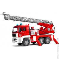 Пожарная Техника Bruder Пожарный грузовик с лестницей с водяной помпой, светом и звуком, 1:16 (2771)