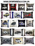 Авто подушка с вышивкой логотипа авто Мини Купер подарок сувенир, фото 6