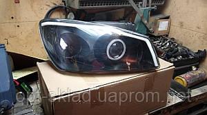 Комплект передних фар KIA Cerato (КИА Черато (Церато)) с биксеноновыми линзами и дневними ходовыми огнями Q5