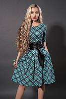 Модное молодежное платье из новой весенней коллекции в клетку